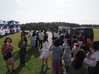 東平安名崎にはホテルから20分位です。
