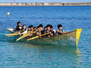 クラス対抗ハーリー船競争